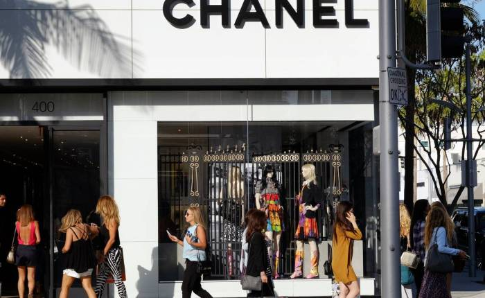 CHANEL PAYS $13,000 PER SQUARE FOOT FOR RODEO DRIVEBUILDING
