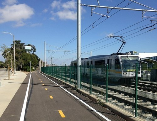 EXPO LINE LIGHT RAIL TO SANTA MONICA SHOULD BE RUNNING BY APRIL-MAY 2016
